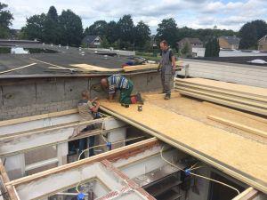 Foto 14 van het album Renovatie daken CBS de Schutkampen Smilde